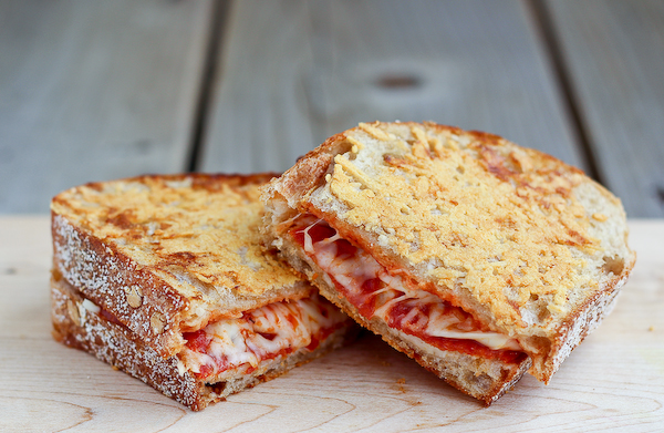 parmesan-crusted-pepperoni-pizza-grilled-cheese-600-1-of-2