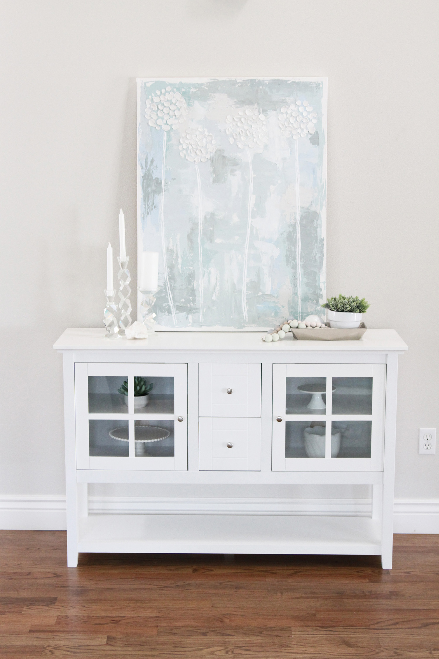 White Entryway Table by Utah lifestyle blogger By Jen Rose