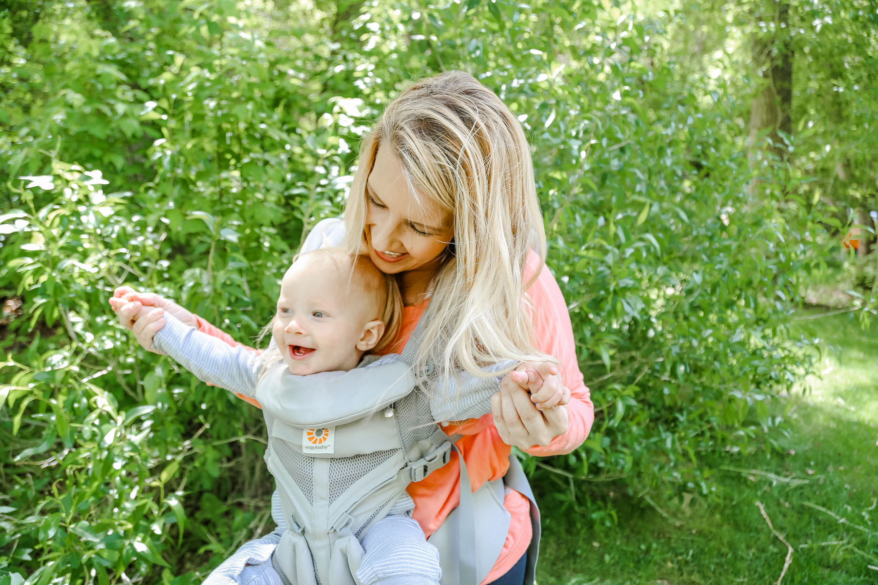 Ergobaby Omni 360 review by Utah lifestyle blogger, By Jen Rose