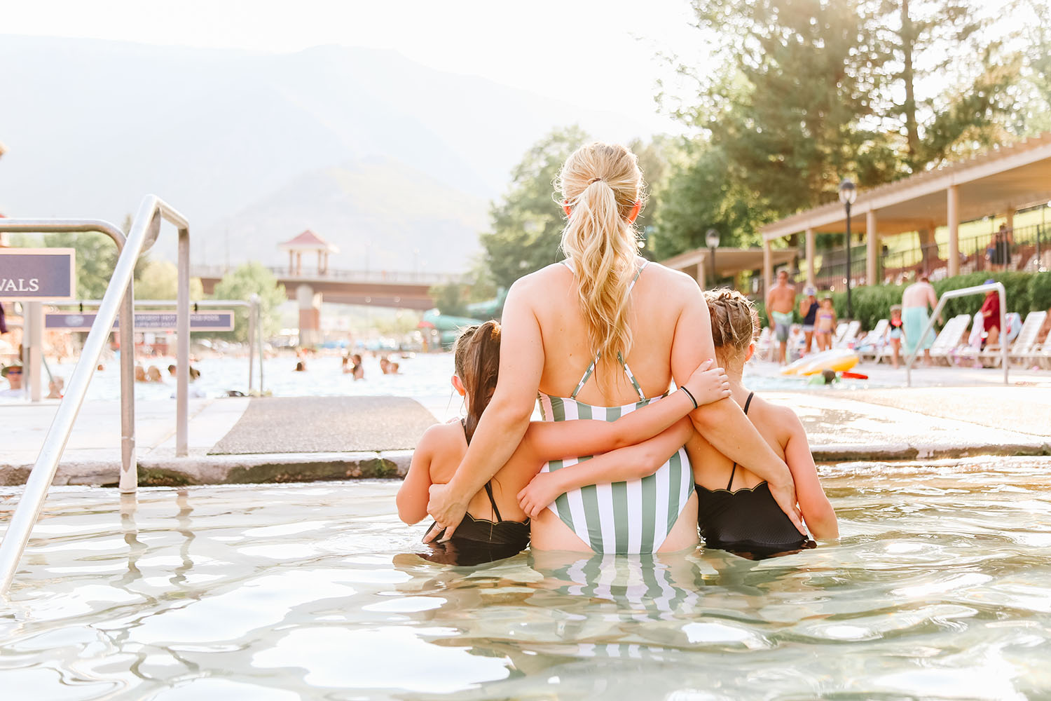 A Day Trip to Glenwood Hot Springs featured by US family travel blog, By Jen Rose